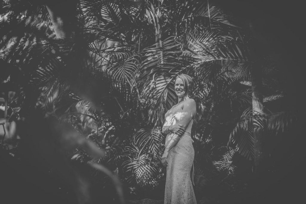 bride-wedding-sayulita-dress-smile